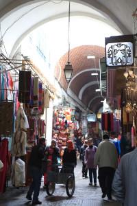 チュニスの旧市街メディナ