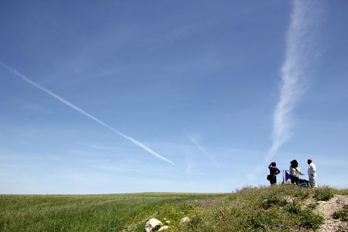 世界遺産ドゥッガへ続く途中の穀倉地帯 チュニジア唯一の日系旅行会社。Travelsunサイトリニ
