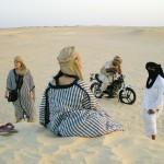 サハラ砂漠をお散歩